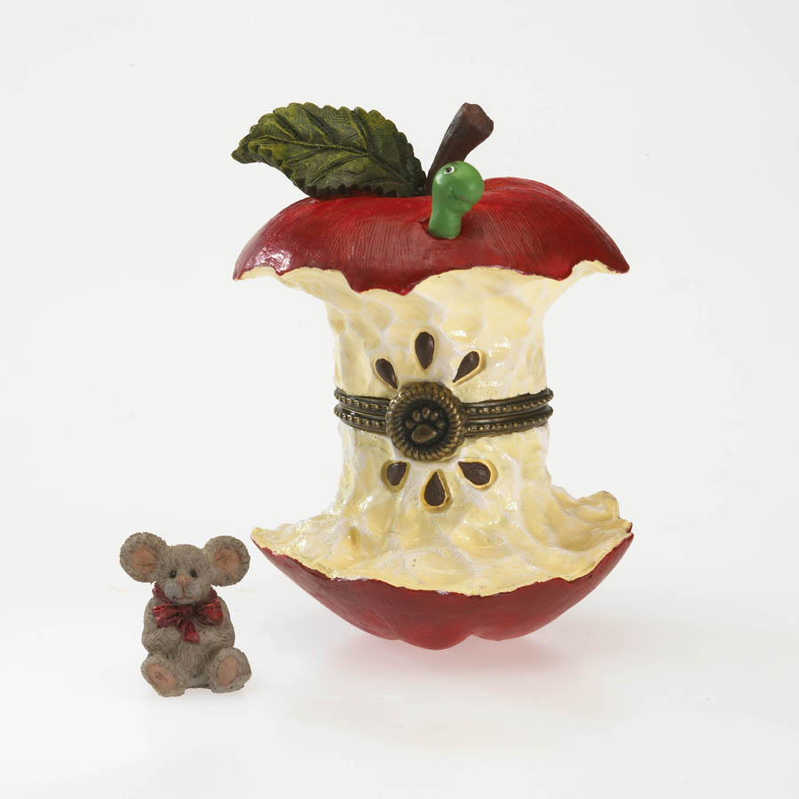 Bailey's Apple With Cortland Mcnibble Boyds Bear