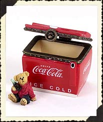 Boyds Coke Chest W/thirstin' Boyds Bear