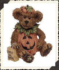 Bradley Boo Bear... Countin' The Treats Boyds Bear