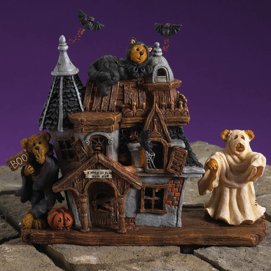 Buffy, Barry And Boo's... Bearly Scary Haunted House Boyds Bear