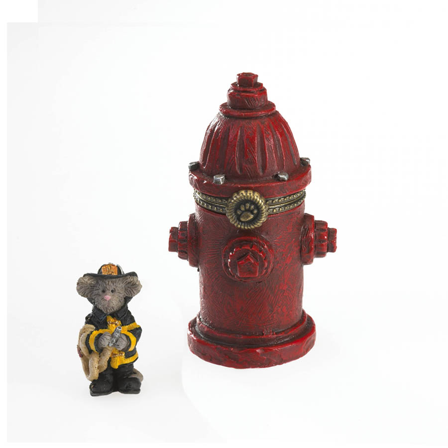 Captain Dan's Lil' Red Fire Hydrant With Squirt Mcnibble Boyds Bear