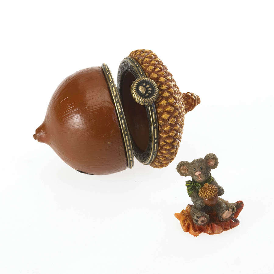 Chippy's Acorn With Leaf Mcnibble Boyds Bear
