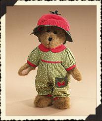 Colleen Strawbeary Boyds Bear