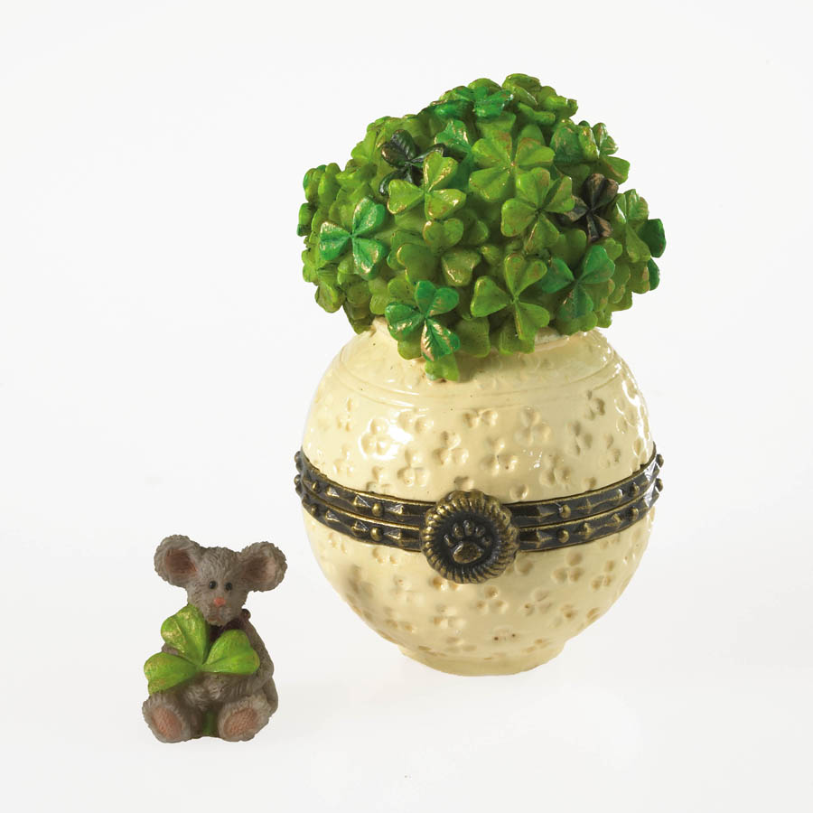 Erin's Pot O' Clover With Seamus Mcnibble Boyds Bear