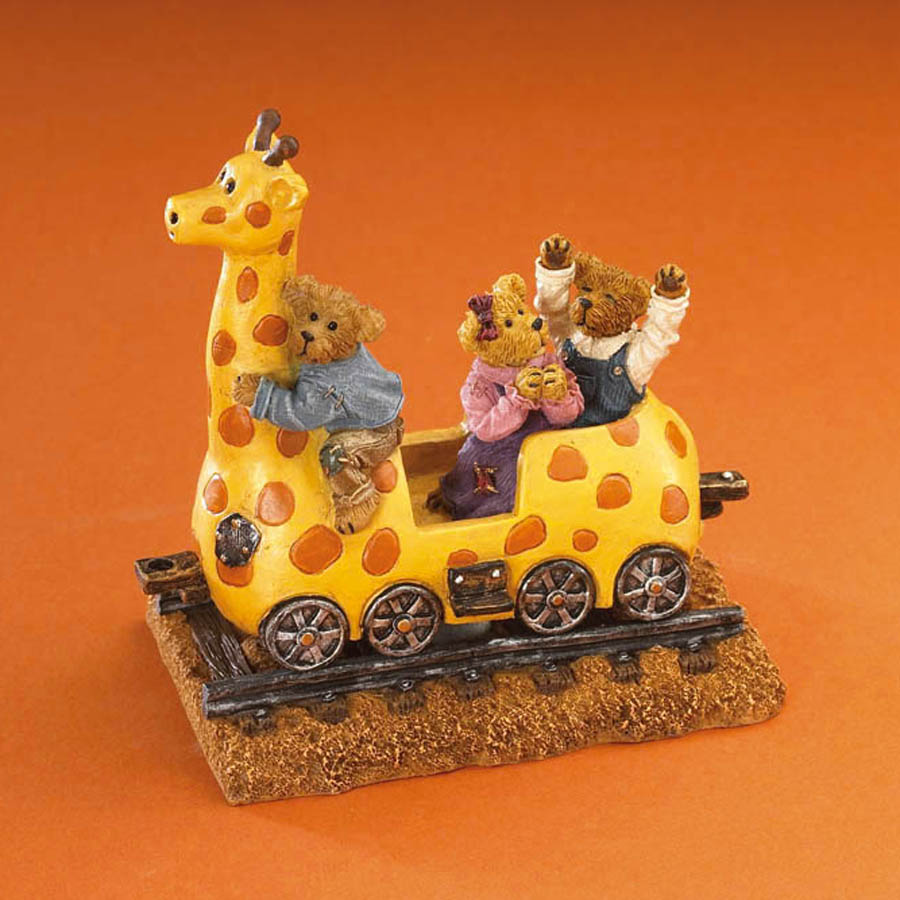 Ginny The Giraffe With Gage, Gracie And Graham...and Away We Go! Boyds Bear