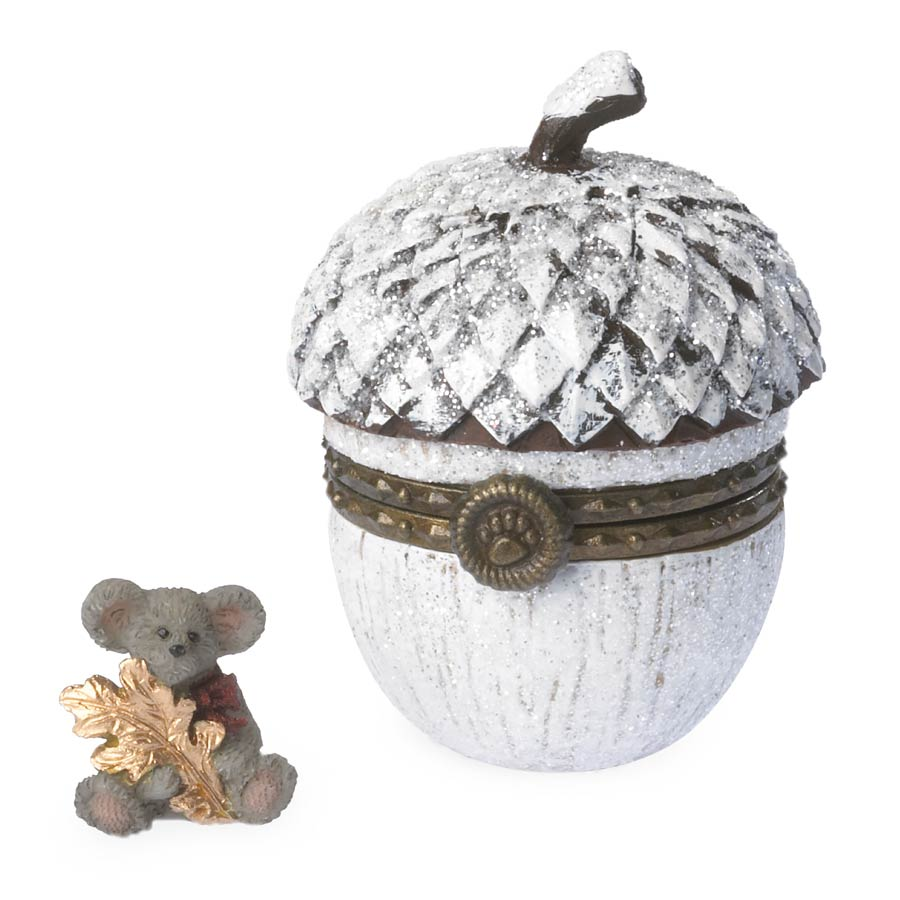 Greta's Snow Kissed Acorn With Glitter Mcnibble Boyds Bear