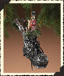 Holiday Homestead Black Snowshoe Ornament Boyds Bear
