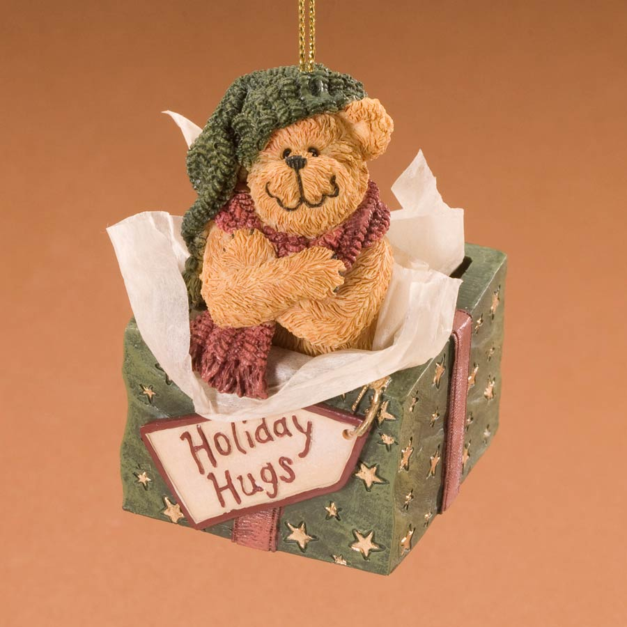 Holiday Hugs Boyds Bear