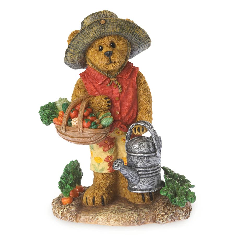 Kirstie Tillington…summer's Bounty Boyds Bear