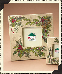 Large Boughs Of Holly Frame Boyds Bear