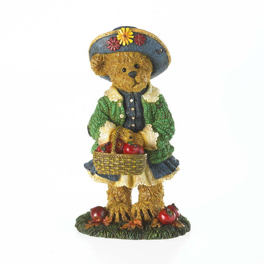 Little Miss Macintosh... Flavors Of Fall Boyds Bear