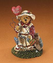 Luvie Bloomengrow... Love Blooms Here Boyds Bear