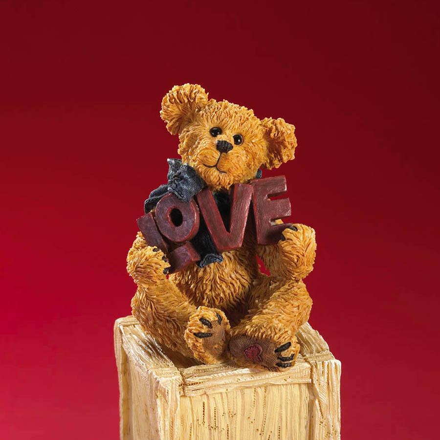 Luvy Boyds Bear