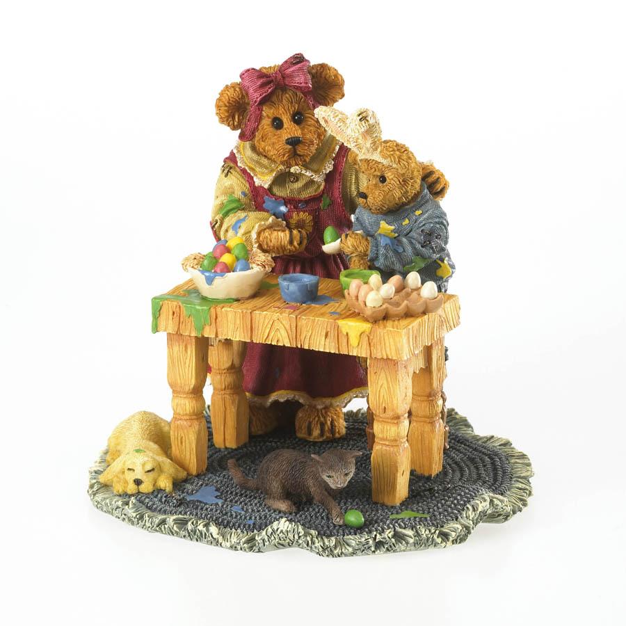 Mama With Taylor Rembrandt ... Color Eggstravaganza Boyds Bear