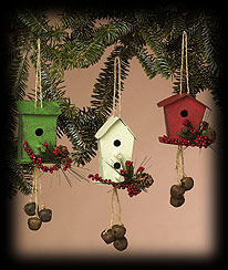 Mountain Berry Tin Birdhouse Ornament Boyds Bear