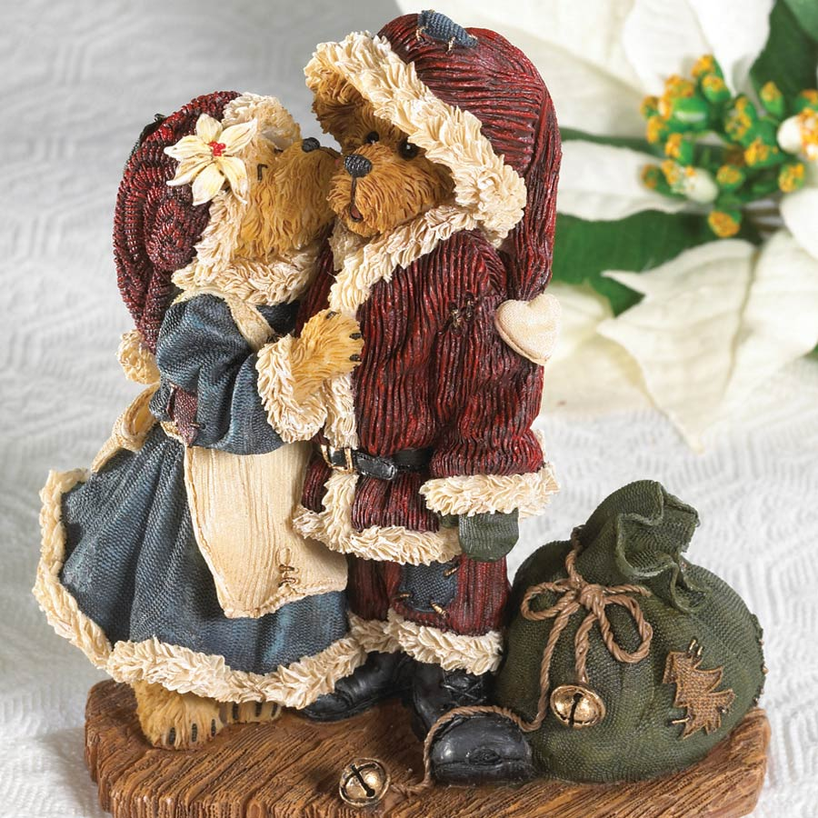 Mr. And Mrs. Kringle... Welcome Home! Boyds Bear