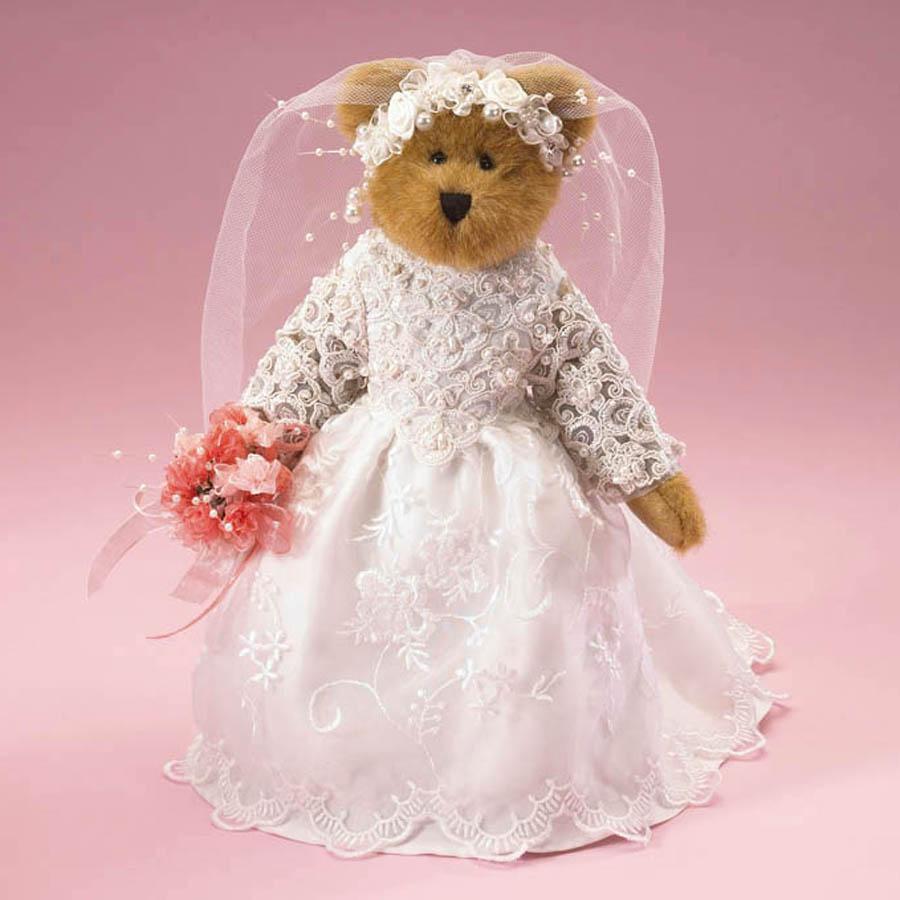 Mrs. Foreverluv Boyds Bear