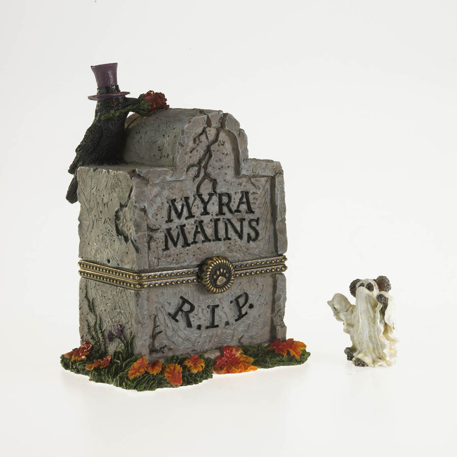 Myra's Tombstone With Ghoulie Mcnibble Boyds Bear