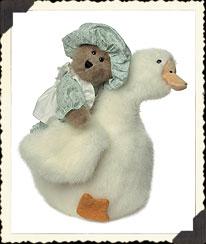 Olde Mother Goose & Co. Boyds Bear