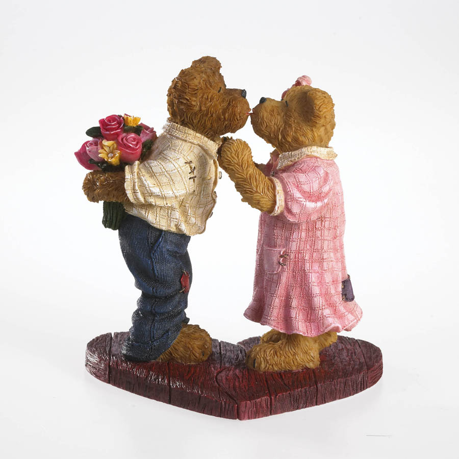 Ronnie And Julia Kissington... Our Hearts Belong Together Boyds Bear