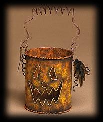Small Haunted Hollow Bucket Boyds Bear
