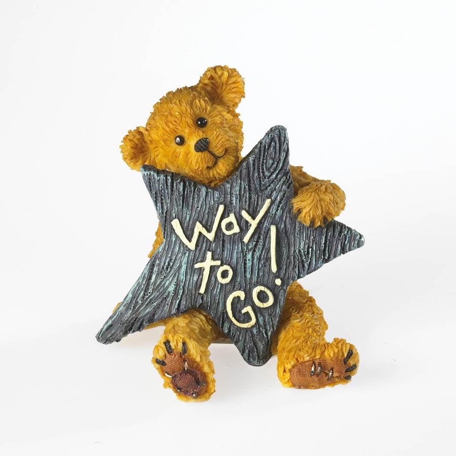 Star Boyds Bear