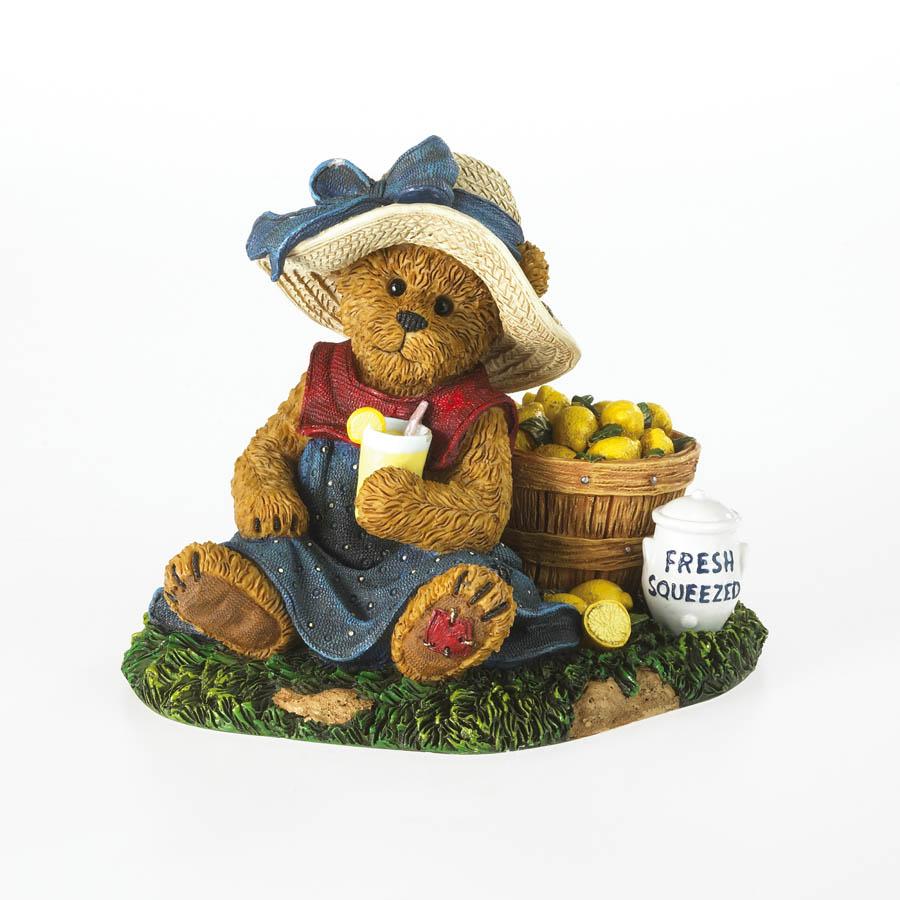 Trisha Tartbeary...lil' Entrepreneur Boyds Bear