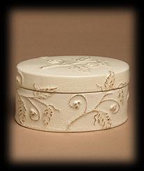 Vines & Berries Ceramic Box Boyds Bear