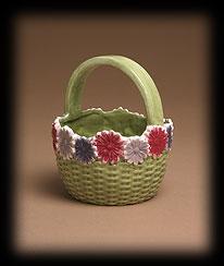 Vintage Garden Ceramic Flower Basket Boyds Bear