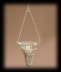 Vintage Garden Mini Cone-shaped Basket Boyds Bear